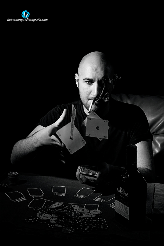 reto-84-retrato-en-BW-Roberto-Rodriguez-Dominguez